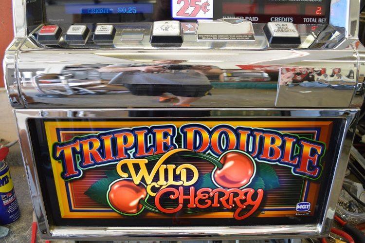 Crazy cherries slot machines
