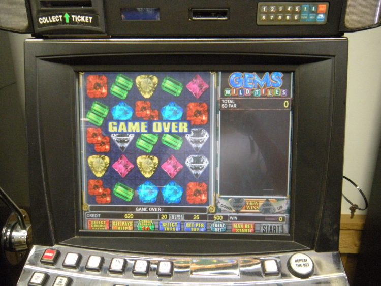 Gems And Jewels Slot Machine
