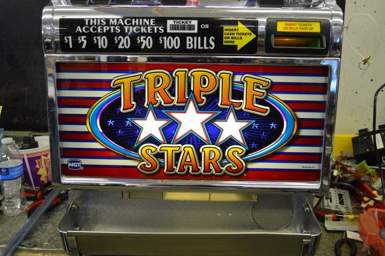 Triple Star Slots