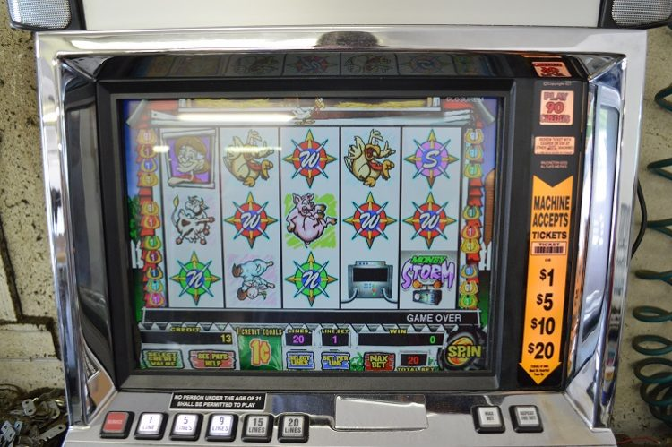 Super money storm slot machine iowa gambling task