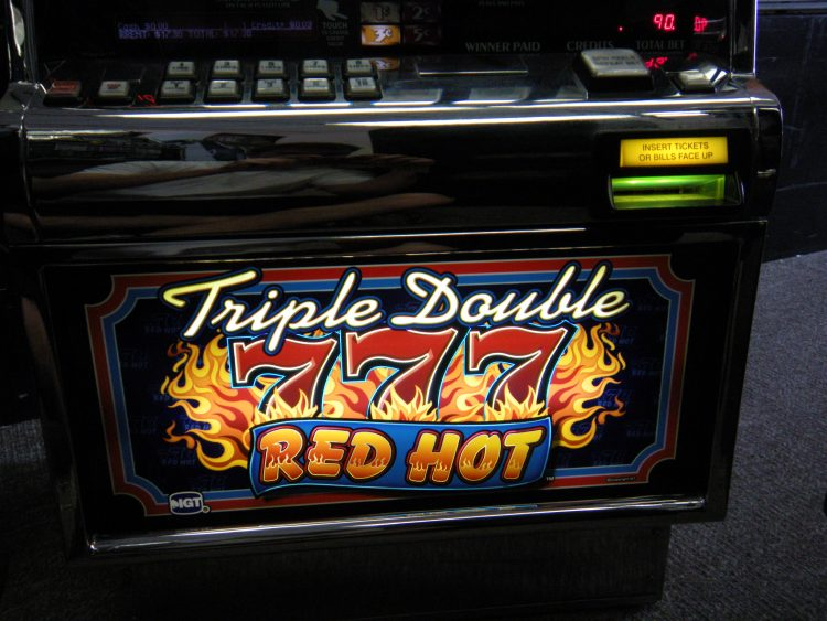 Triple Double Red Hot 7s Ohio River Slots
