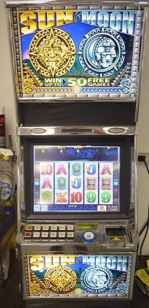 Sun and Moon slot machine
