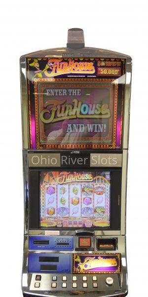 Funhouse slot machine