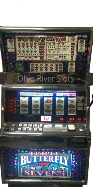 Triple Butterfly 7s slot machine