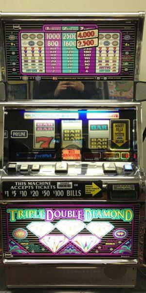 Triple Double Diamond slot machine