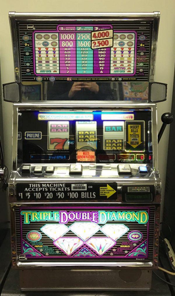 Free Triple Diamond Slot Machine
