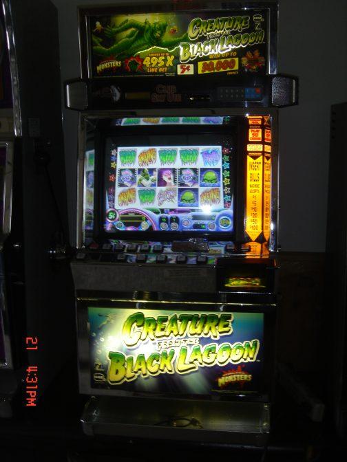 Creature from the Black Lagoon slot machine