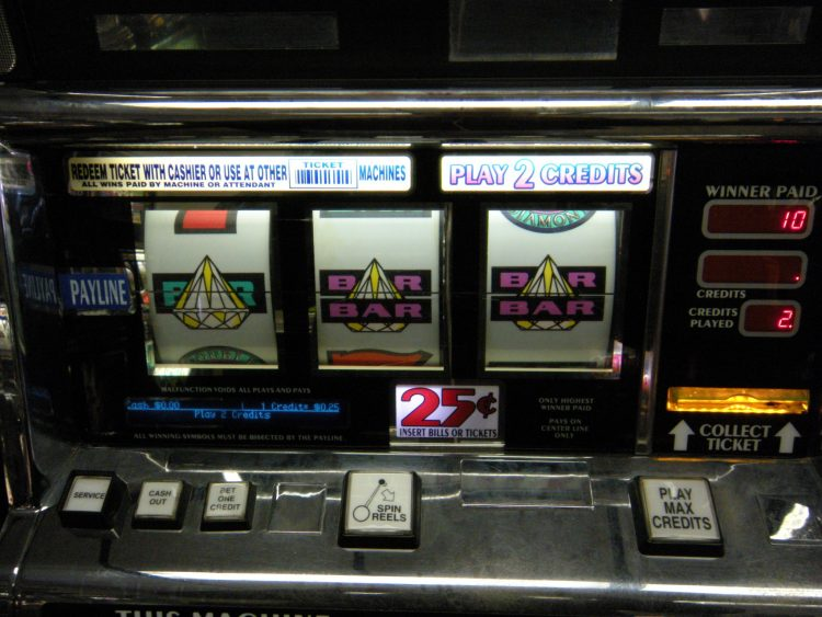 Slot machine deluxe