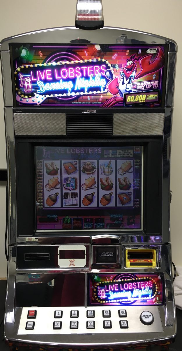 live lobsters nightly slot machine