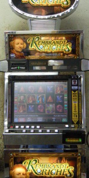 Rembrandt Riches video slot machine