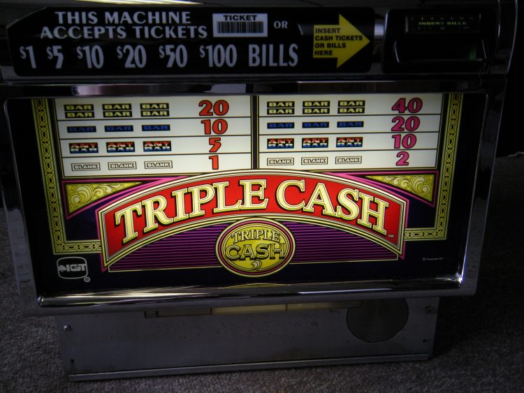 Win Cash Back At Slots And Receive Other Valuable Benefits By Signing