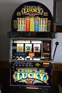 Triple Lucky 7s 1
