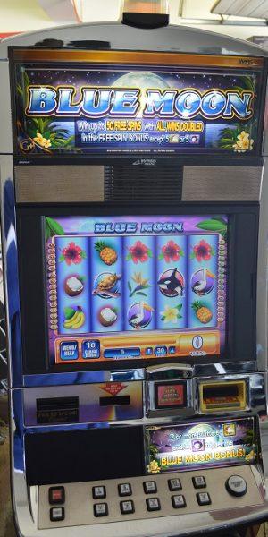 Blue Moon slot machine